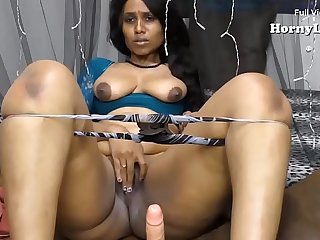 South Indian Tamil Maid fucking a virgin boy (27.01.2018)